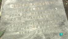 Una lápida en el cementerio inglés de Linares